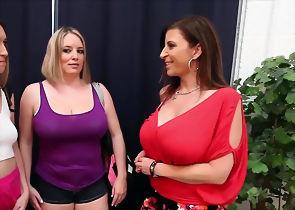 Sexy Licking